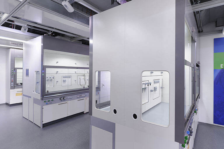 High-Performance Fume Hoods for Commercial Labs