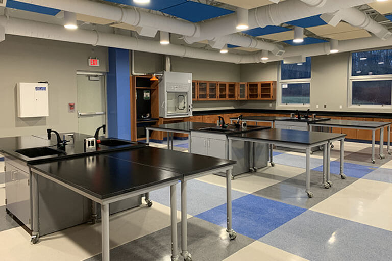 Metal Lab Tables for Educational Labs