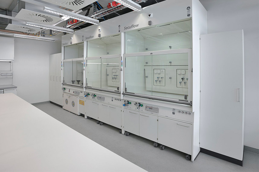 High Performance Fume Hood in a Commercial Lab