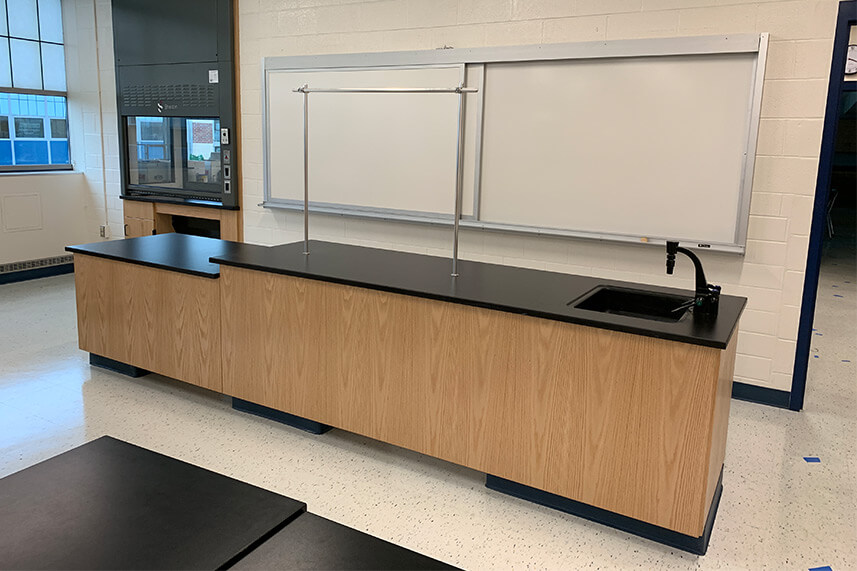 Instructor Desk for an Educational Lab