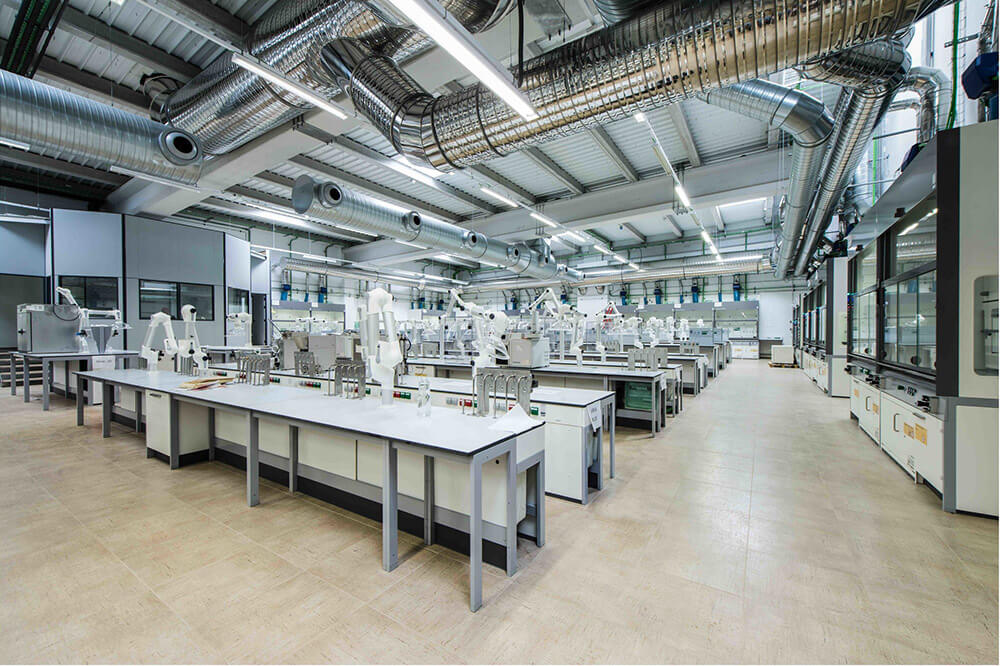Longo Labs commercial installations of a engineering lab