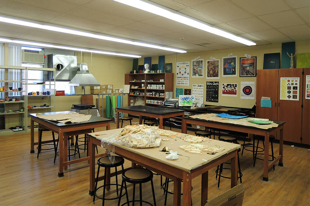 Longo Labs products in an art room