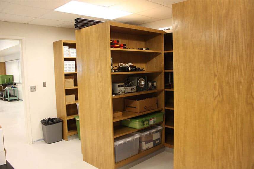 Logo labs utility shelving in educational lab
