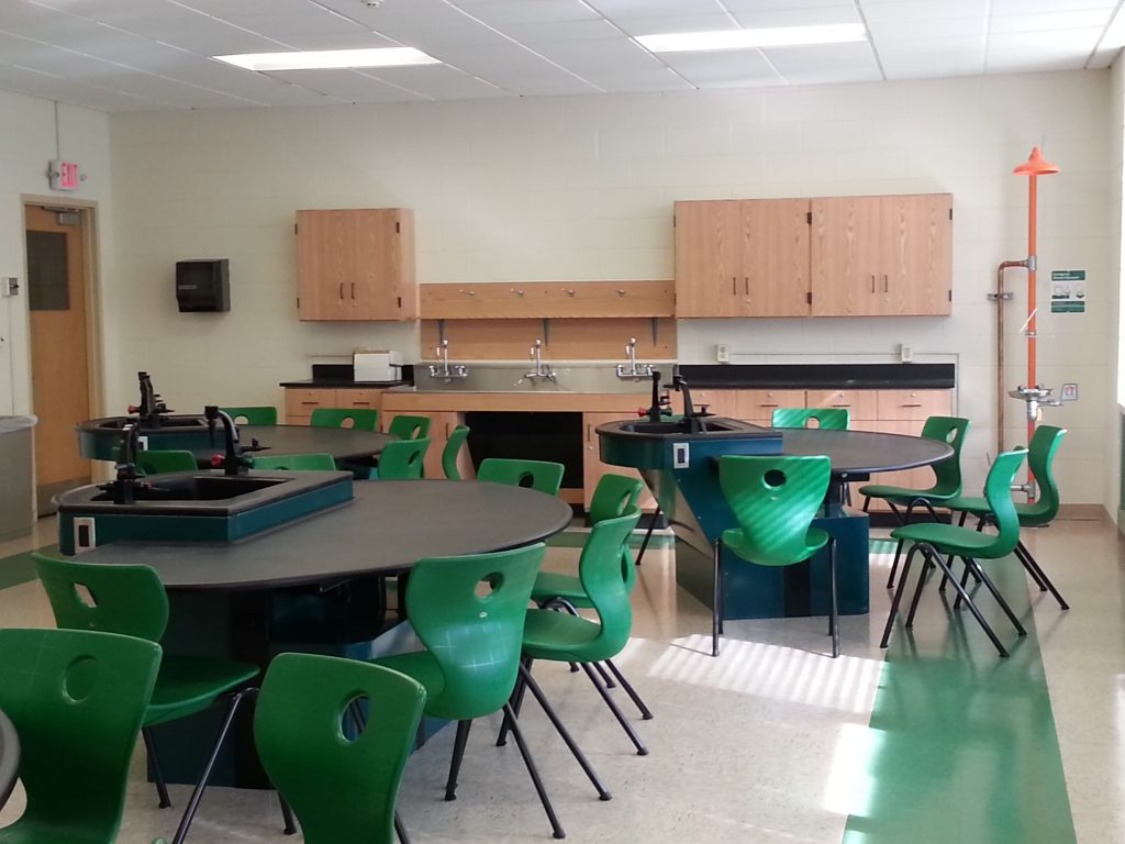 Axis Infinity Student Laboratory Tables, Sheldon Wood Laboratory Casework, Epoxy Resin Counter Tops