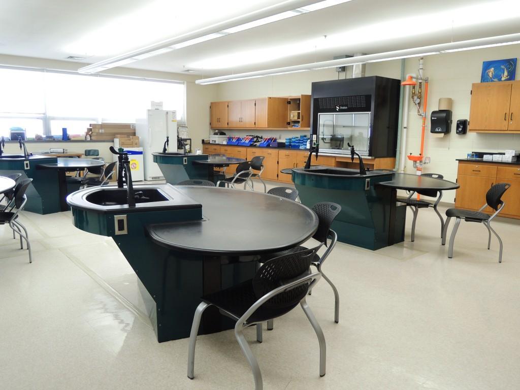 Chemistry Room #2_Montachusett Reg. VoTech (MA) (4)