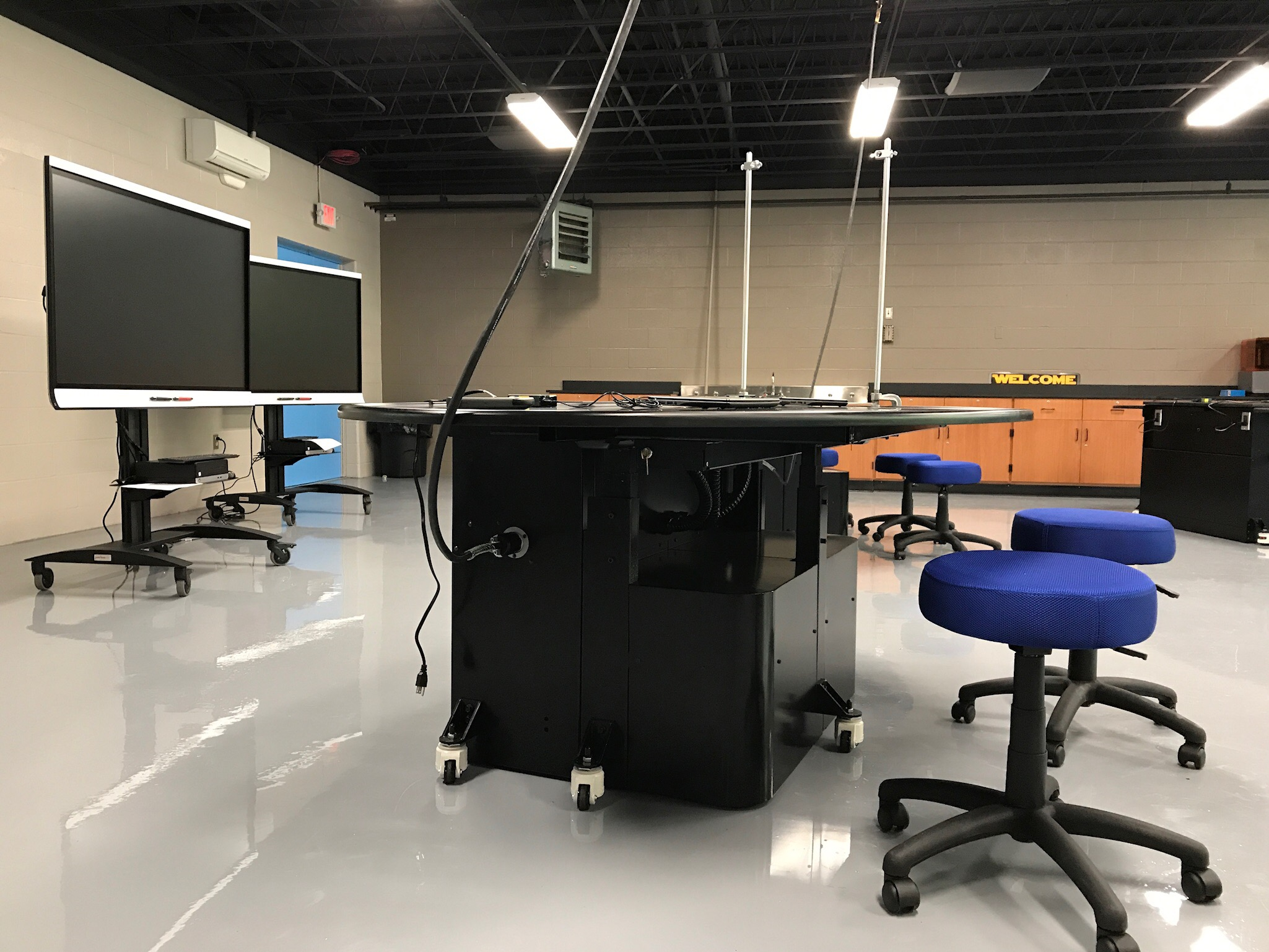 Flexible High School Science Lab Now Complete In