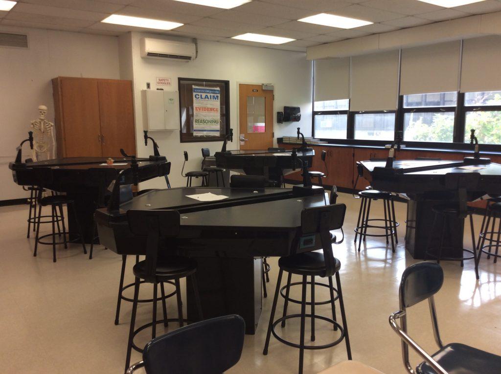 TEII Student Laboratory Workstations