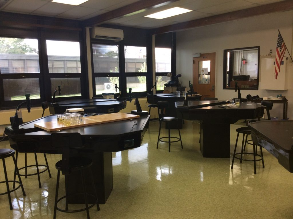 TEII Student Laboratory Workstations