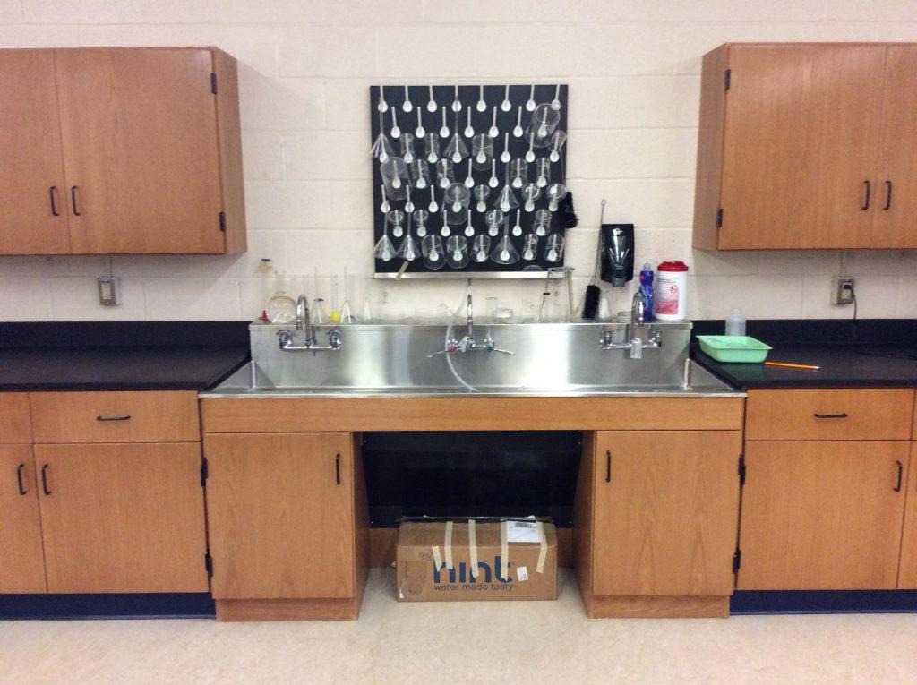Sheldon Rinse-away Sink/Wet Area Workstation